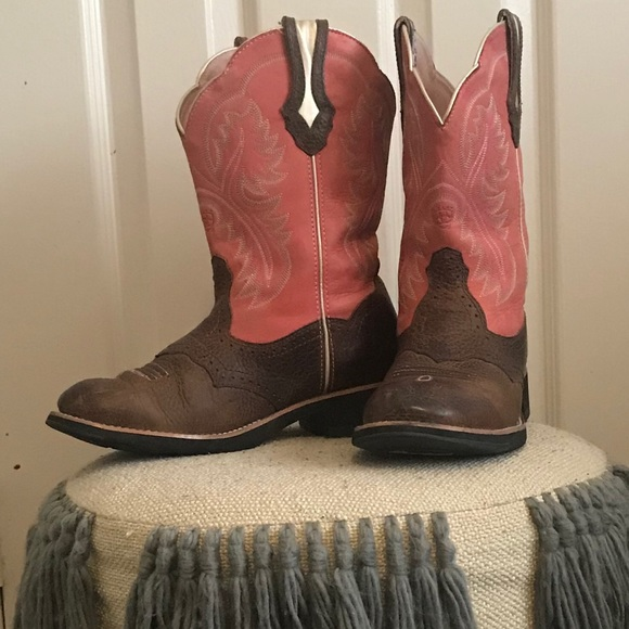 41d38e302c4 Pink Ariat Fatbaby Showbaby Boots
